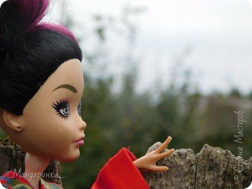 """Всем привет!Сегодня я сдаю работу на конкурс """"Япония""""Ссылка - http://stranamasterov.ru/node/1042939?c=favorite (Загружаю её уже 4 раз)Для конкурса я сшила кимоно из красной ткани с цветочным орнаментом и пояс из бордовой и чёрной ленты.Моделью выступает Бель, кукла моей сестры. фото 9"""