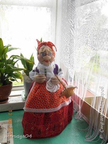 Бабушка-вязальщица на чайник фото 1