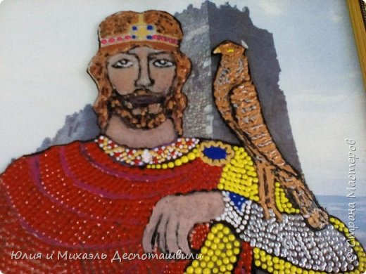"""Молодой да ранний, вступивший на престол в 15-летнем возрасте и практически тогда же оказавшийся на поле брани и познавший все ужасы войны, он вошел в историю не только как открывший место и начавший строительство Тбилиси, но и как начавший избавление Грузии от иранского/персидского господства. Да и погиб он от рук врага в 60 лет, правив перед этим 45 (по тем временам и возраст его был велик, и время, проведенное на престоле). Также, как и Давид, причислен к лику святых, похоронен в Мцхете , перед этим скончавшись от ранений в крепости Уджарма…Интересный запоминающийся факт: рост Вахтанга Горгасали был 2 м 40 см. Необыкновенной силы (меч его весил 40 кг). Горгасали переводится с перского как """"волчья голова"""", так как именно она была изображена у него на шлеме, как знак мужества в бою.  фото 3"""