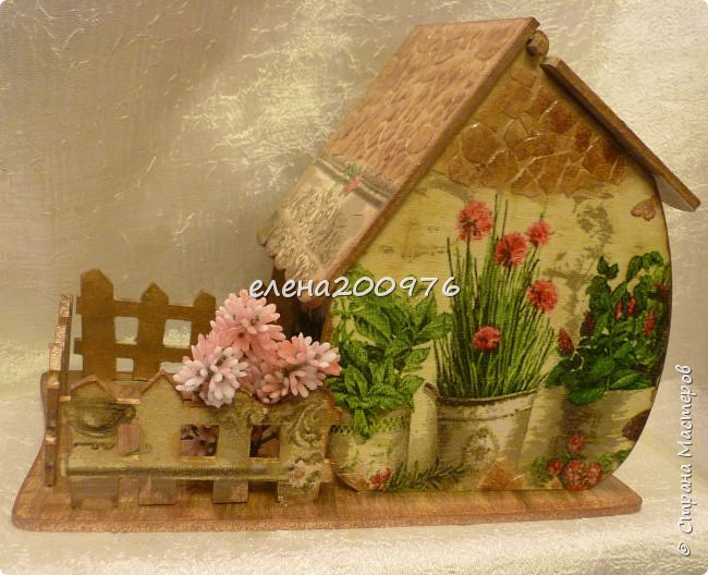 Всем привет, привет, привет. Вот и сбылась моя давняя мечта, сделать чайный домик своими руками.  фото 3