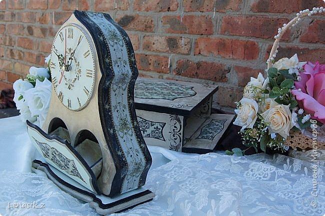 Люблю я шкатулочки, ящички и все потайное, секретное... Даже если к этому прилагаются большие настольные часы. фото 4