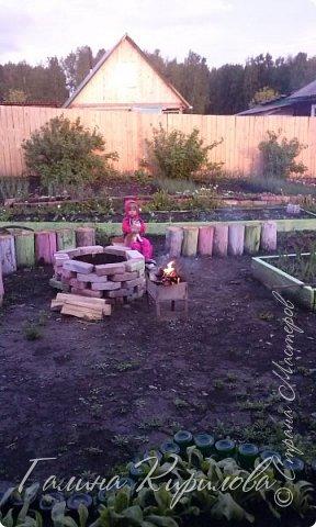 Добрый день ! Вот решила выложить свои весенние труды . Это мой двор в процессе работы . Это грядки под клубнику . фото 24