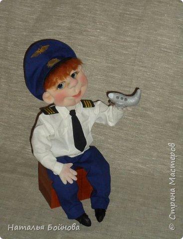 Текстильная кукла- летчик гражданской авиации фото 2