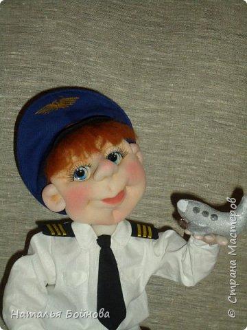 Текстильная кукла- летчик гражданской авиации фото 3