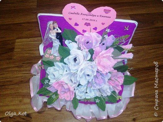 Пригласили нас на свадьбу, вот я и решила сделать композицию с цветами и конфетами в подарок.  фото 8