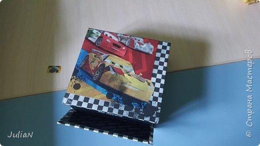 Коробка Молния Маккуин фото 3