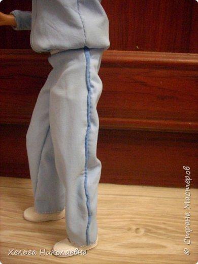 Здравствуй, Страна Мастеров!  Сшила своей банде спортивные костюмы. Костюмы сшиты из спортивной куртки подростка, благородно отданой родственниками на растерзание.  фото 9