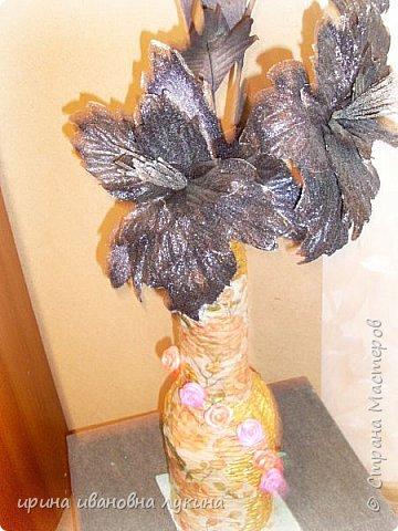напольная ваза из газетных трубочек фото 1