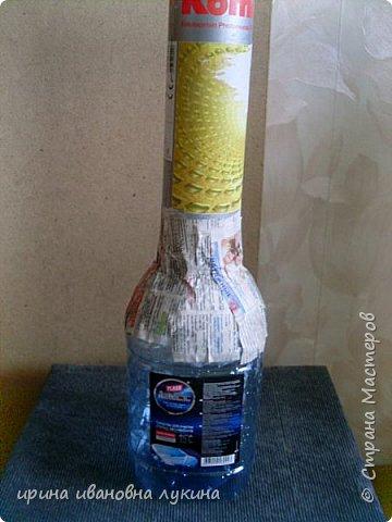 напольная ваза из газетных трубочек фото 5