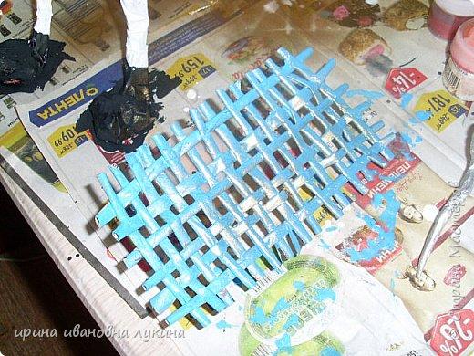 проволочный каркас обклеила кусочками газыт фото 4