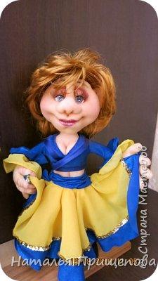 """Здравствуйте жители и гости СМ. Юбилярша вместе с супругом участвуют в самодеятельности с номером """"цыгане""""- пожелание заказчиков воплотить в куклах их увлечение. Акцент сделан на схожесть  сценической одежды и причесок. фото 3"""