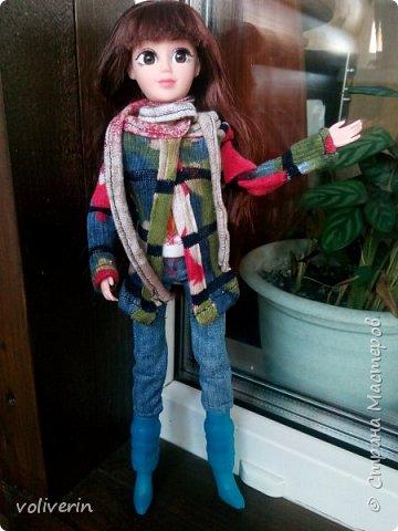 Ура, у наших пупсов появилась мама! Первый раз шила взрослую одежду на куклу, вышло как обычно кривовато, но зато все на мой взгляд хорошо сочетается.  фото 2