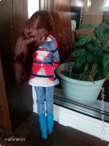 Ура, у наших пупсов появилась мама! Первый раз шила взрослую одежду на куклу, вышло как обычно кривовато, но зато все на мой взгляд хорошо сочетается.  фото 3
