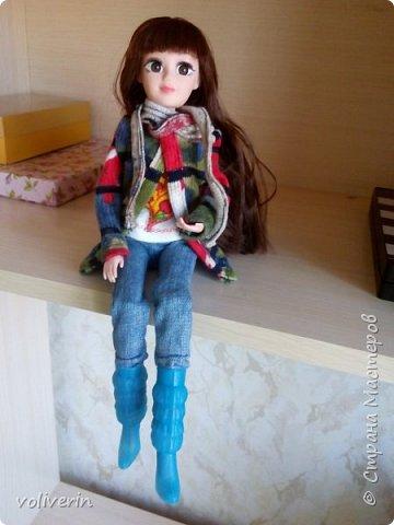 Ура, у наших пупсов появилась мама! Первый раз шила взрослую одежду на куклу, вышло как обычно кривовато, но зато все на мой взгляд хорошо сочетается.  фото 6
