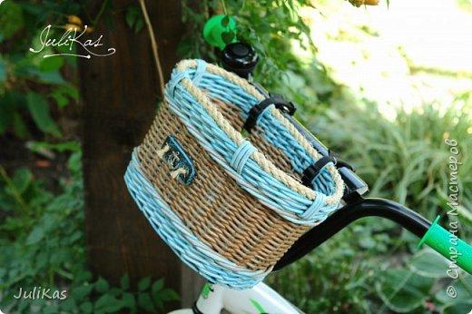 """Доброй ночи, коллеги!  Решилась я на эксперимент - велокорзинки детские... давно меня восхищали плетеные велокорзины, решила начать с детских, к тому же их можно сделать яркими, дети это любят, а я как люблю баловаться цветом.... вот и оттянулась )))) """"Корзинка лесной феи"""" размер 26х17 см, h 15 см фото 9"""