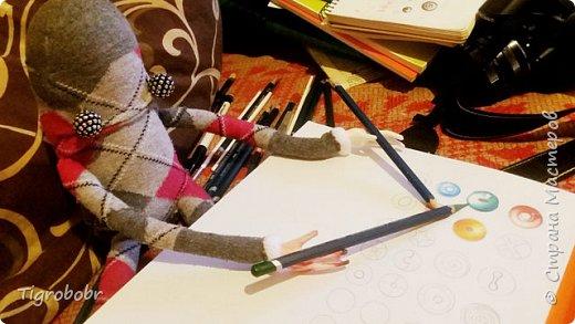 Это Стив. Идея его создания возникла весьма неожиданно. Всё началось с рук, которые мне нужно было куда-то приделать. Для обычной куклы они великоваты... фото 10