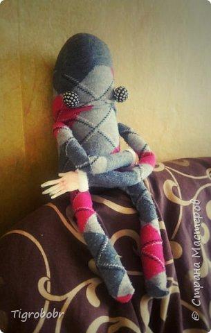 Это Стив. Идея его создания возникла весьма неожиданно. Всё началось с рук, которые мне нужно было куда-то приделать. Для обычной куклы они великоваты... фото 7