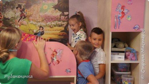 В этом году  день рождения доченьки было решено отмечать дома узким семейным кругом... Роль аниматора/организатора взяла на себя я, и вот что из этого получилось фото 30