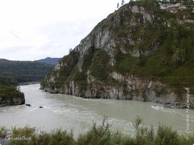 29 июля мы совершили поход к Камышлинскому водопаду, расположенному на реке Камышла, являющейся левым притоком Катуни. Этот водопад - памятник природы Республики Алтай с 1996 года. фото 25
