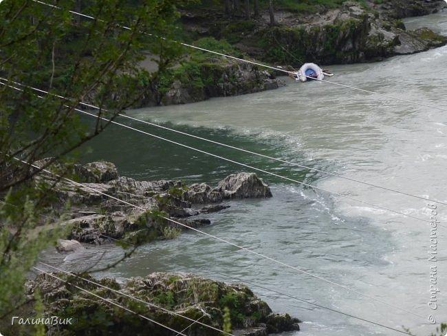 29 июля мы совершили поход к Камышлинскому водопаду, расположенному на реке Камышла, являющейся левым притоком Катуни. Этот водопад - памятник природы Республики Алтай с 1996 года. фото 28