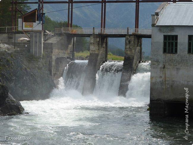 29 июля мы совершили поход к Камышлинскому водопаду, расположенному на реке Камышла, являющейся левым притоком Катуни. Этот водопад - памятник природы Республики Алтай с 1996 года. фото 31