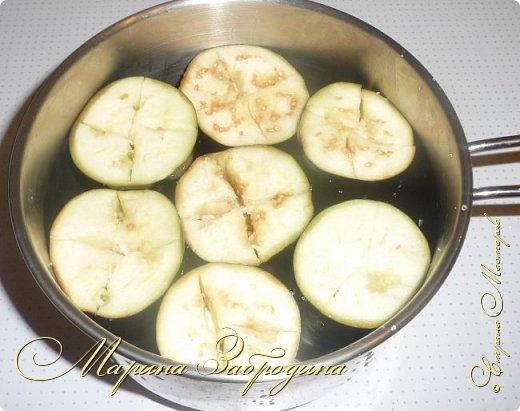 В сезон баклажанов рекомендую приготовить еще одно красивое, летнее блюдо - баклажаны с чесноком и помидорами. Блюдо получается сытное. Рецепт ленивый, готовится очень быстро, все продукты простые, а получается очень-очень вкусно! фото 6