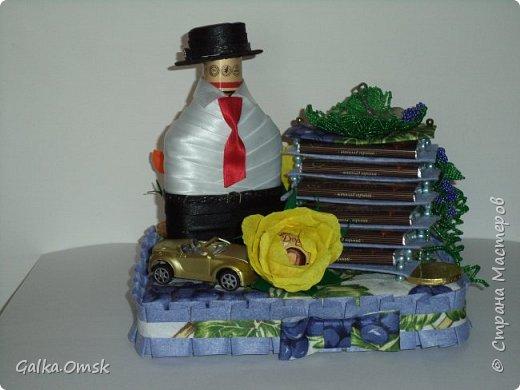 """Это лестница успеха. Сделана мною в подарок мужчине на день рождения.Назвала её """"Виноградная лоза"""", поскольку виноград считается символом богатства и успеха  фото 1"""