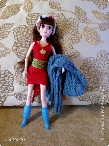И ещё два комплекта одежды, для кукляхи. фото 10
