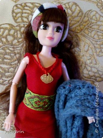 И ещё два комплекта одежды, для кукляхи. фото 12