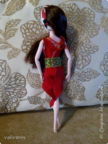 И ещё два комплекта одежды, для кукляхи. фото 11