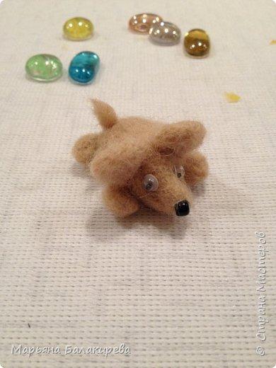 Этот мышонок первая моя поделка в технике валяния. фото 2