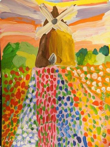 Привет! меня зовут Алёна и я обескураженна, как лето заканчивается? скоро новый учебный год? а где же фотографии моих юных художников за прошлый? что-то неладное в королевстве... фото 65