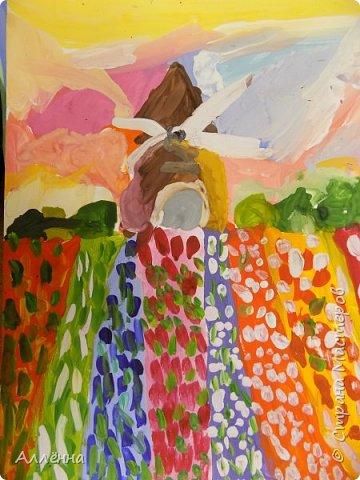 Привет! меня зовут Алёна и я обескураженна, как лето заканчивается? скоро новый учебный год? а где же фотографии моих юных художников за прошлый? что-то неладное в королевстве... фото 66