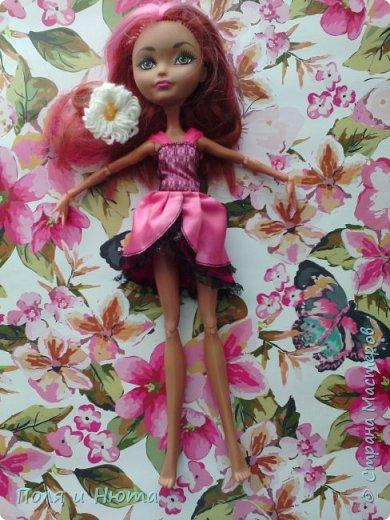 Всем привет сегодня мы будем делать украшение для куклы.Это бюджетный вариант для поделки,надеемся вам понравится.И кстати у нас новенькая ,увидети её в фотосессии.Что-то заболтались и так начнем. фото 14