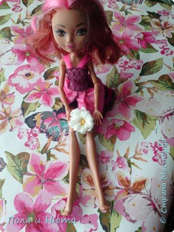 Всем привет сегодня мы будем делать украшение для куклы.Это бюджетный вариант для поделки,надеемся вам понравится.И кстати у нас новенькая ,увидети её в фотосессии.Что-то заболтались и так начнем. фото 17