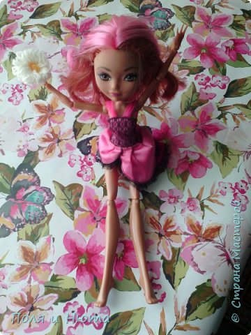 Всем привет сегодня мы будем делать украшение для куклы.Это бюджетный вариант для поделки,надеемся вам понравится.И кстати у нас новенькая ,увидети её в фотосессии.Что-то заболтались и так начнем. фото 18