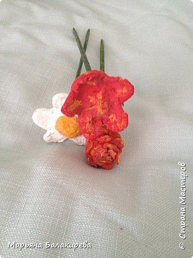 Еще из папье- маше  я слепила вот такой букет цветов. фото 2