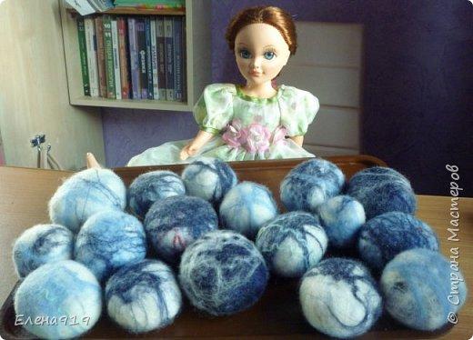 """дочкина кукла помогает мне представить дебютную партию """"камушков"""" :) фото 1"""