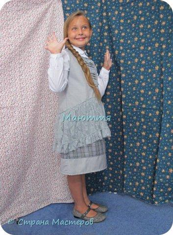 Сшила своей второклашке новый сарафан для школы. Дресс-код соблюли, а фасончик, как всегда - бохо. Деликатный, конечно, можно сказать, нежный бохо))) фото 3