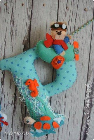 Добрый день страна!!Покажу сегодня свое шитье. Это именные гирлянды из фетра, декоративные цифры на рождение малышей и подушечки . фото 7