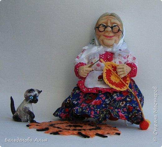 """Очень мне нравится шить наряды куклам, поэтому и сделала такую бабушку. Здесь есть где """"разгуляться"""". фото 8"""