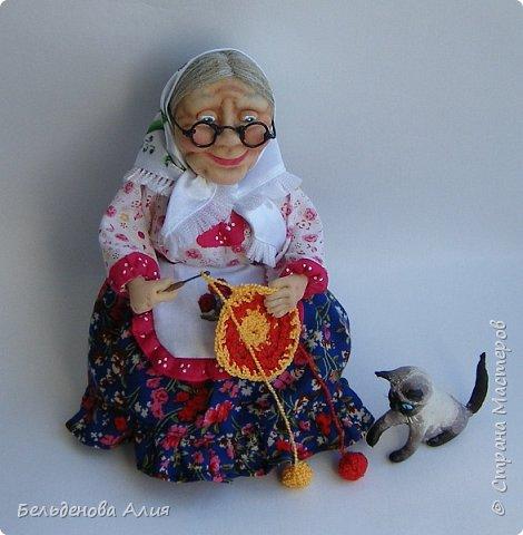 """Очень мне нравится шить наряды куклам, поэтому и сделала такую бабушку. Здесь есть где """"разгуляться"""". фото 1"""