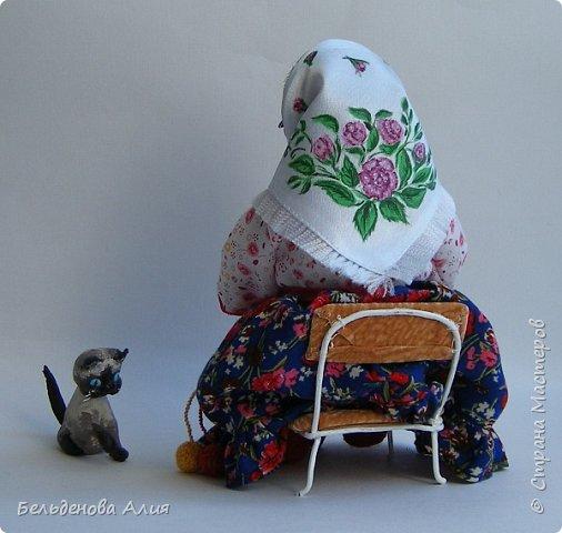 """Очень мне нравится шить наряды куклам, поэтому и сделала такую бабушку. Здесь есть где """"разгуляться"""". фото 4"""