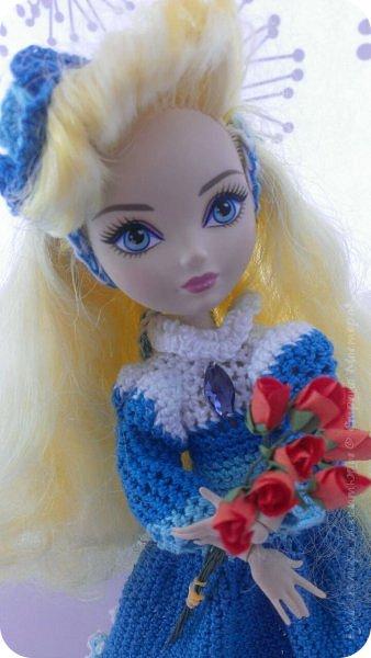"""Здравствуйте Все.  Сегодня я сдаю работу на конкурс  """" Школьные деньки""""     http://stranamasterov.ru/node/1042660   Её представляет Алиса она переходит в этом году в 5 класс.  фото 3"""