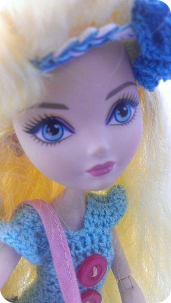 """Здравствуйте Все.  Сегодня я сдаю работу на конкурс  """" Школьные деньки""""     http://stranamasterov.ru/node/1042660   Её представляет Алиса она переходит в этом году в 5 класс.  фото 8"""