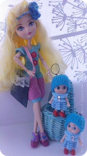"""Здравствуйте Все.  Сегодня я сдаю работу на конкурс  """" Школьные деньки""""     http://stranamasterov.ru/node/1042660   Её представляет Алиса она переходит в этом году в 5 класс.  фото 11"""