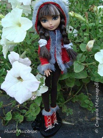 Приветствую жителей СМ!!! Сегодня я и моя модель Чериз продемонстрируем такое пальто.  фото 8