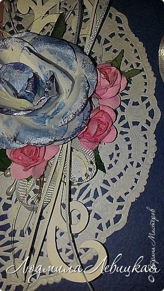 """Здравствуйте, всем заглянувшим! Придумалось у меня еще три шоколадницы... Первая: основа- бумага для акварели, верх-бумага для скрапбукинга """"Пастель"""" (200 гр./м плотностью; красивого голубого цвета, который на фото не хочет передаваться), цветочки и листочки самодельные. фото 7"""