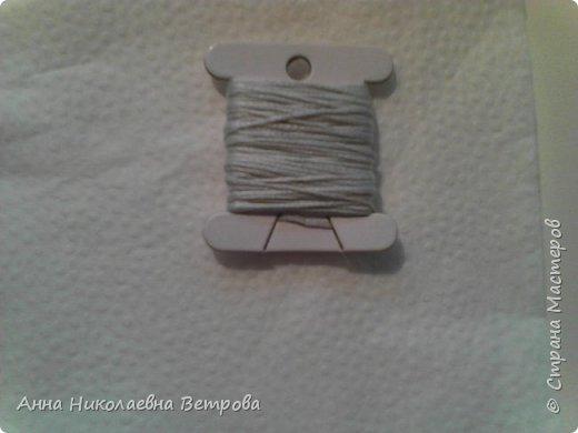 В этом блоге я расскажу как предать ниткам мулине металический и перламутровый оттенок. Я купила акриловые краски и решила их опробовать на нитках. Что у меня вышло, читайте дальше. фото 7