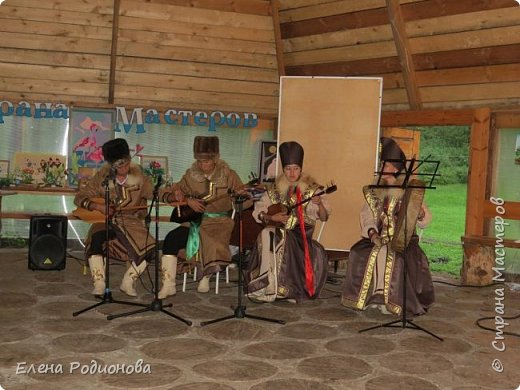 """Эту сказочную картину можно увидеть на горе Синюха в республике Алтай. А побывали мы здесь благодаря проведённой в Горном Алтае выставке """"Живая планета"""". фото 35"""